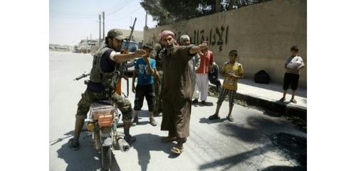 Les Djihadistes de l'EI enlèvent 2.000 civils dans le nord de la Syrie