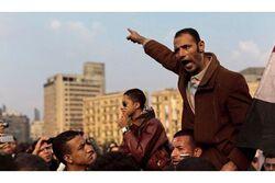 LES HOMMES DEBOUT : PLACES TIAN'ANMEN, TAHRIR, TAKSIM.
