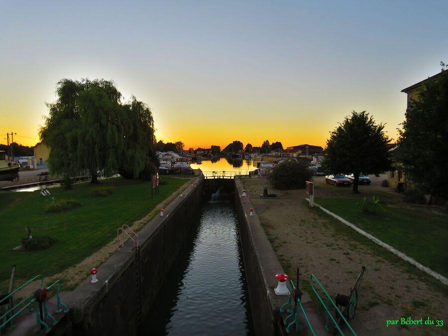 Saint-Jean-de-Losne (21) -3