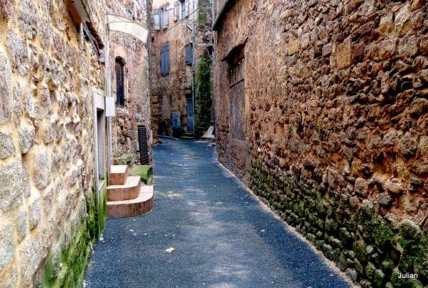 t04 - Rue entre les murs