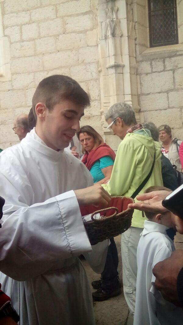 Sortie de messe - 1er juillet 2017
