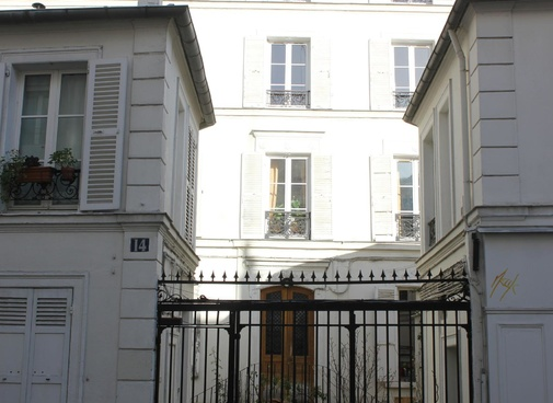 www.montmartre-secret.com
