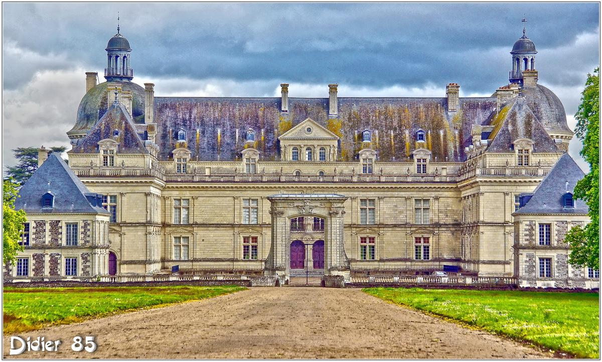 (49) Maine et Loire - Saint-Georges sur Loire (1) - Château de Serrant / HDR