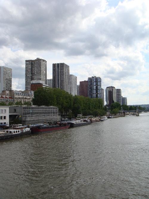 Front de Seine.