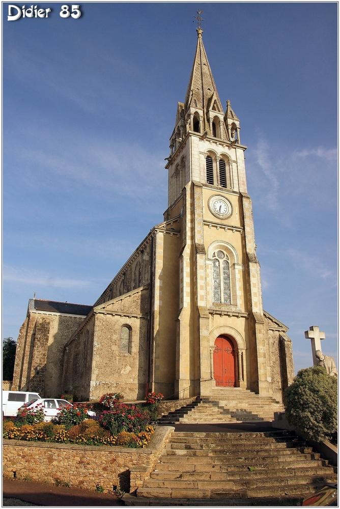 (85) Vendée - Beaulieu sous la Roche (1) - Eglise
