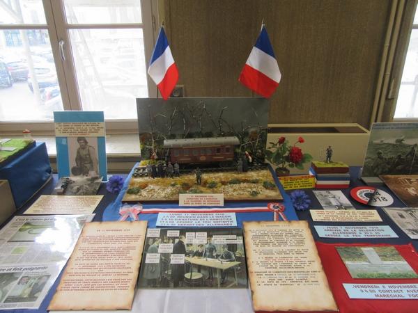 De superbes dioramas  sur la grande Guerre, mais aussi sur la vie quotidienne pendant le conflit, a été visible salle Japiot
