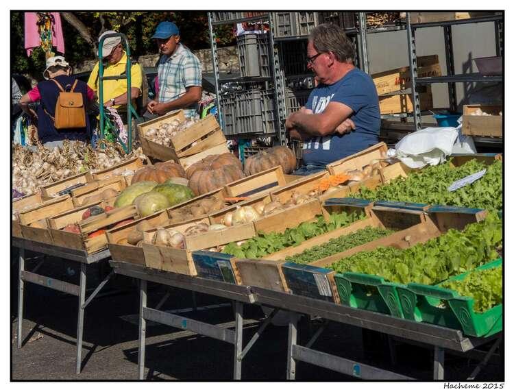 Le marché du mercredi à Vaison