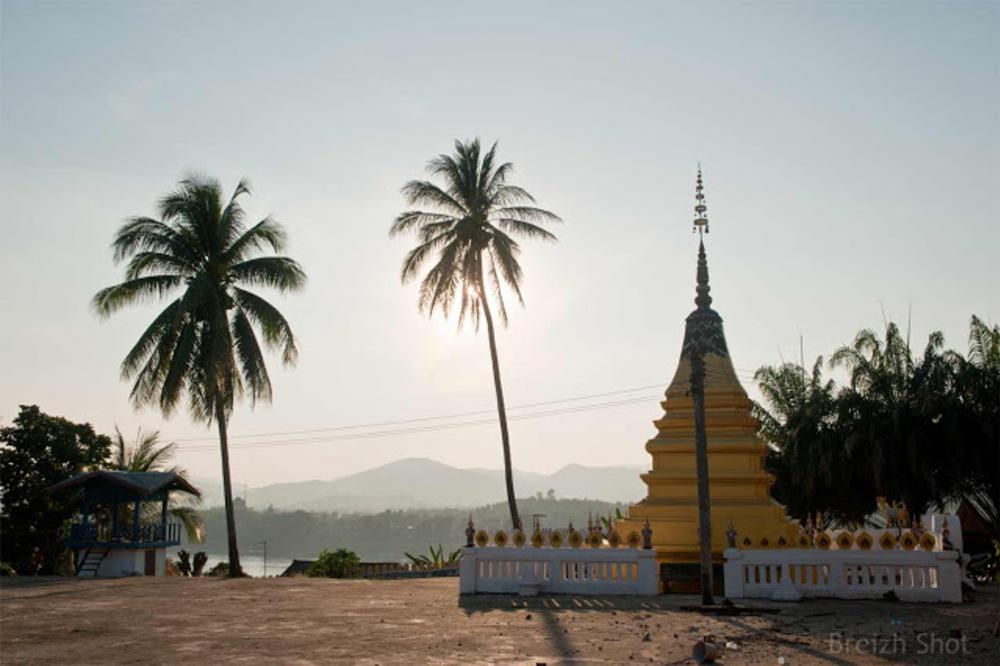 Vat Jom Khao Manilat : Le chedi