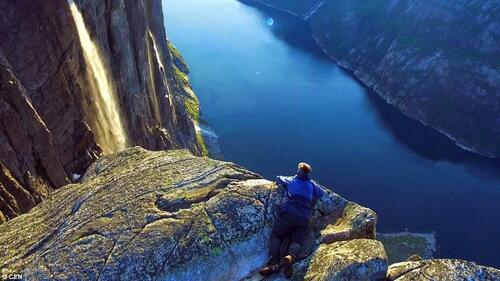 NORVÈGE. Kjerag from the air. Norway  (Voyages)