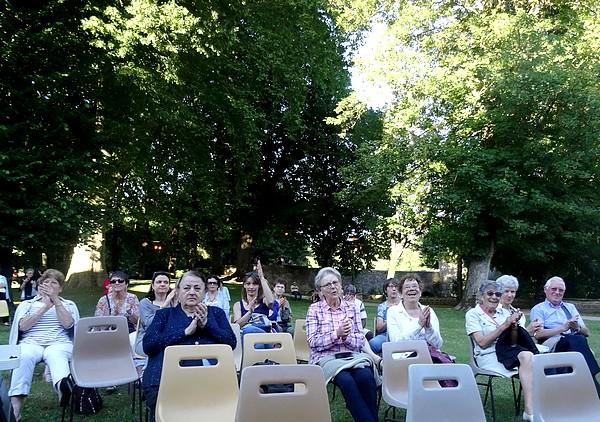 """Concert du """"Tamalous Orchestra"""" au jardin de la Mairie de Châtillon sur Seine"""
