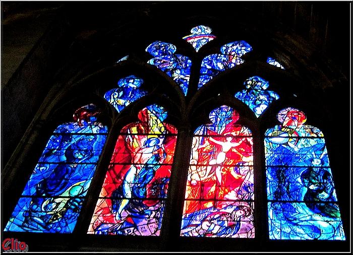 Les vitraux modernes de la cathédrale de Metz