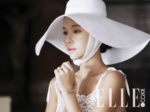Hwang Jung Eum pour Elle