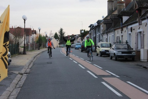 Bourges: 94km