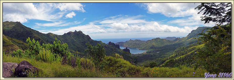 Panoramique sur la baie d'Hatiheu - Nuku Hiva - Iles Marquises - Polynésie française