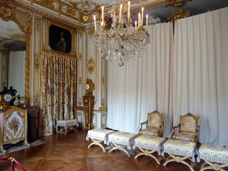 Versailles 2 8 les appartements priv s le blog de for Chambre louis xiv