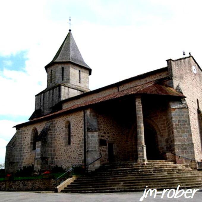 Saint Auvent: Un petit bourg de Haute Vienne et son petit Lourdes '' Notre Dame de la Paix''