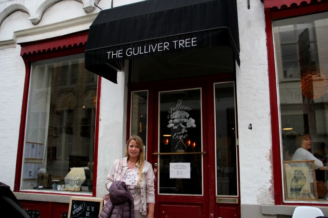 Bruges : The Gulliver Tree