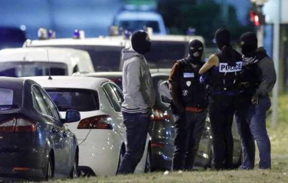 Voitures piégées, retour des djihadistes : les nouvelles menaces de Daech en Europe
