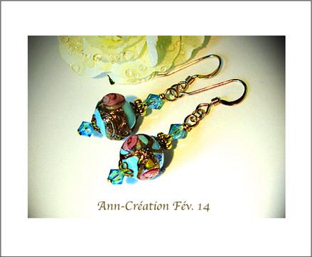 Boucles Authentiques perles de Venise anciennes Bleu ciel, Rose et Or / Plaqué Or 14 kt Gold Filled