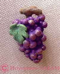 Broche grappe de raisin polychrome - Arts et sculpture: sculpteurs, artisans d'art