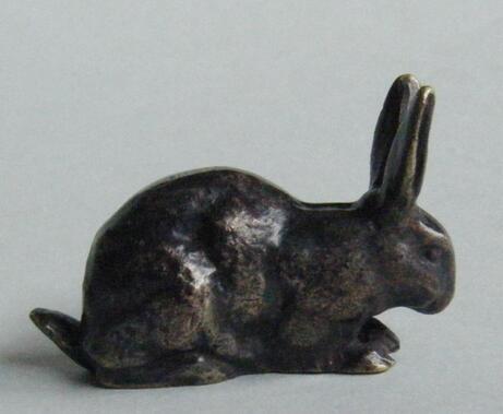 Des histoires de gros lapins dans la sculpture