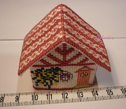 mini maison brodee dimensions longueur