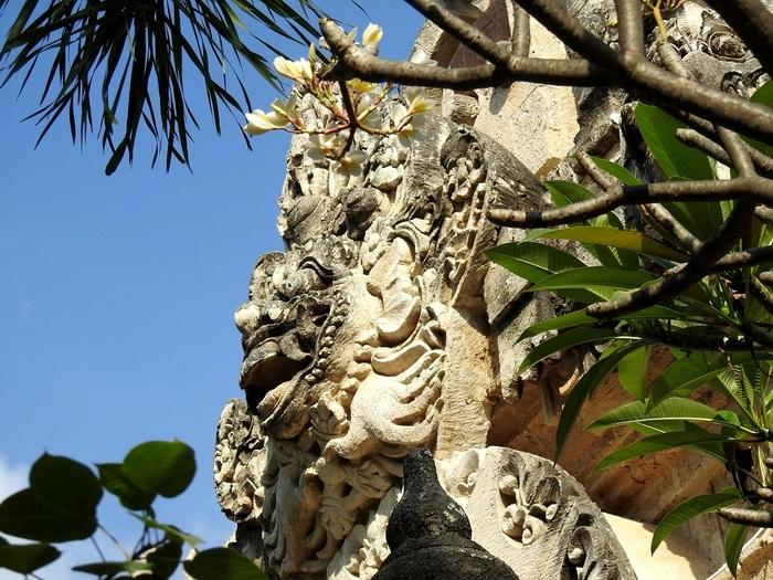 16 Août - White Sand Beach and Pelaki Temple