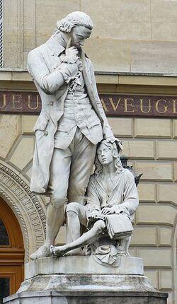 Valentin Haüy (sa statue)