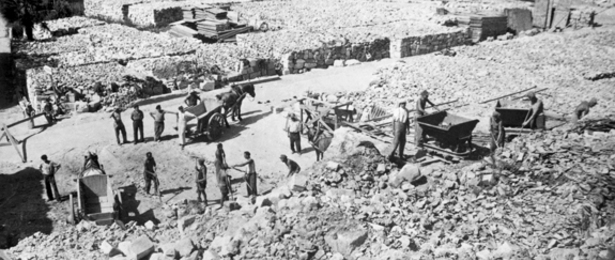 Prisonniers de guerre allemands, village de Mouleydier, 1945.