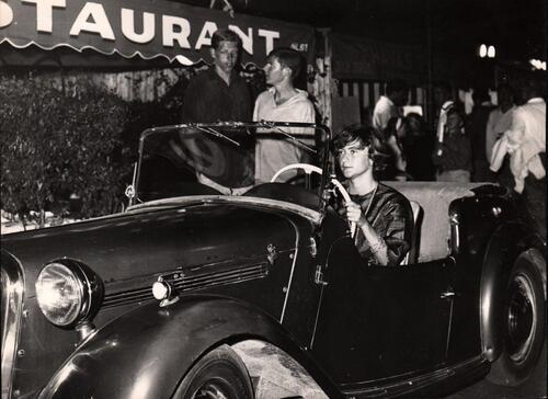 L' automobile et Françoise Sagan