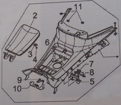 Comment démonter tunnel au dessus du réservoir MP3 ?