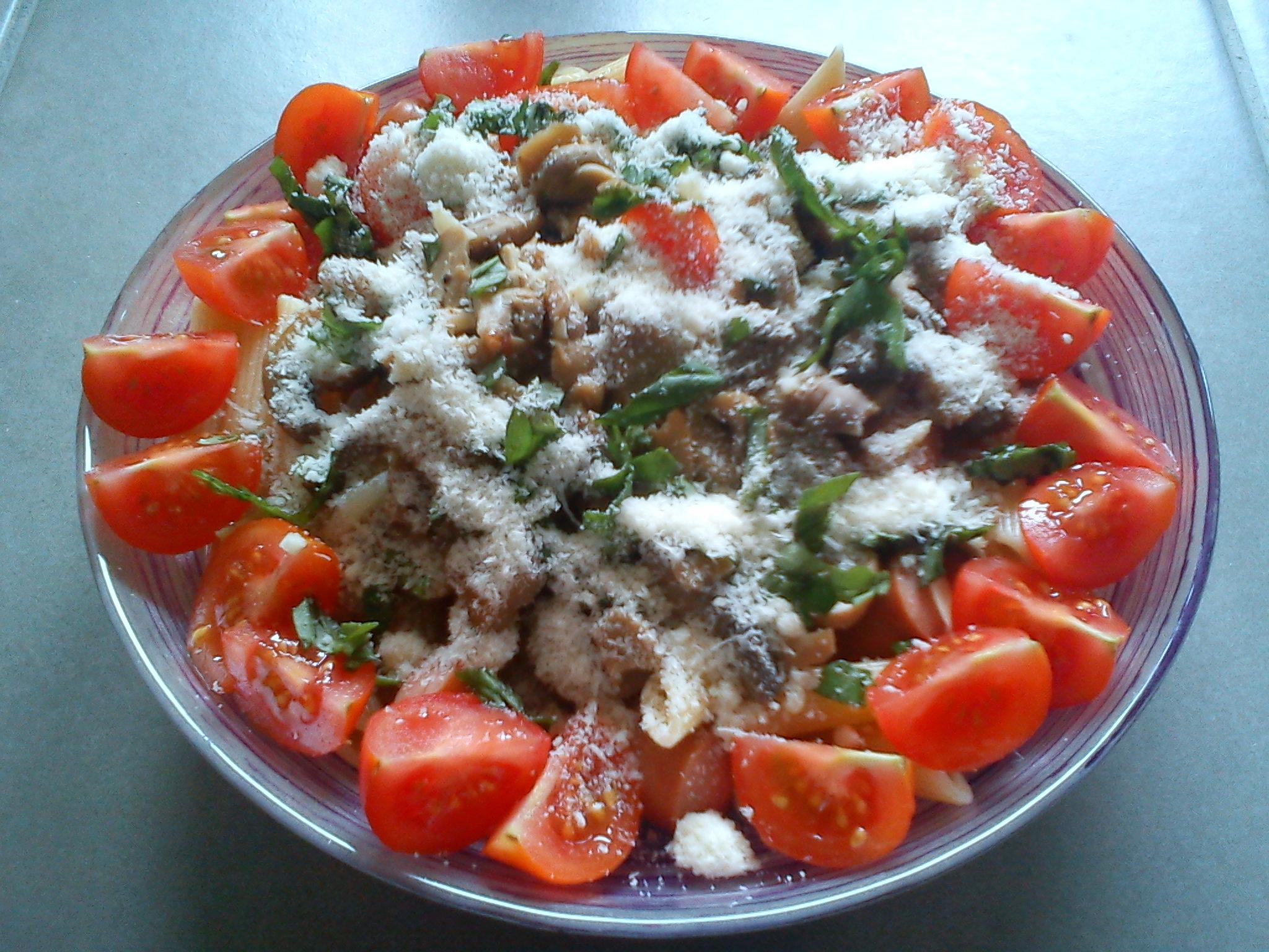 p 226 tes aux chignons tomates basilic et saucisses astuces di 233 t 233 tiques
