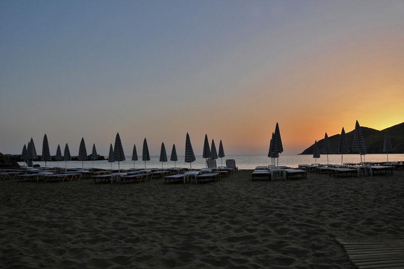 lever de soleil à Panormos