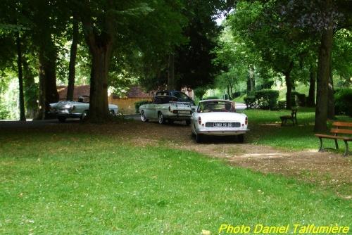 des voitures de collection à la Douix