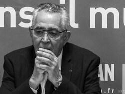Jean-Marc Pujoln maire de Perpignan, comme d'habitude, fera mettre les drapeaux en berne le 19 mars prochain