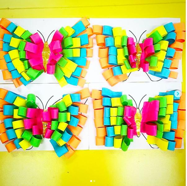 Papillon avec des bandes de papier - maternellepailletée