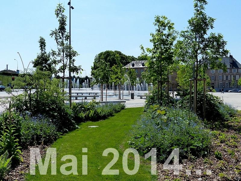 Metz / Du vert place Mazelle...