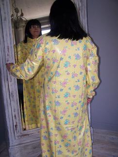 Chemise de nuit en PVC et Latex