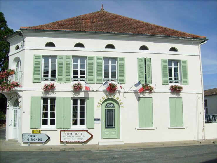 Saint-Bonnet-sur-Gironde4.jpg