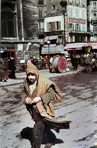 Andre Zucca: Nazi Propaganda Photos - Paris during WW233