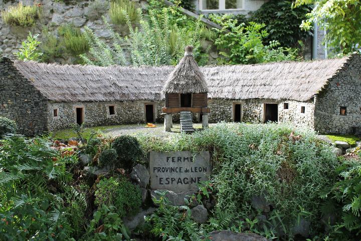 L'esplanade des chevaliers (2)