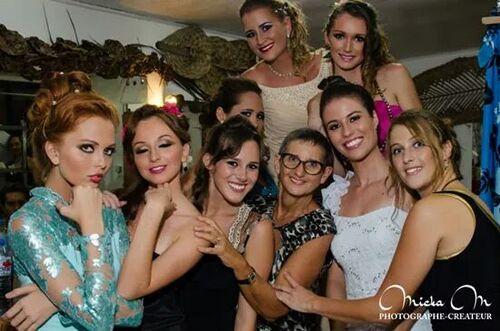 Yelcreation et les candidates à Miss Popa'a
