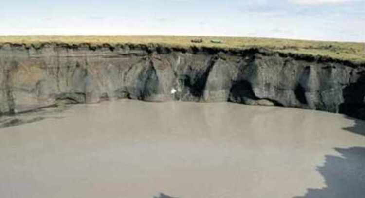 Sibérie... le mystérieux cratère fait maintenant 15 fois sa taille originale
