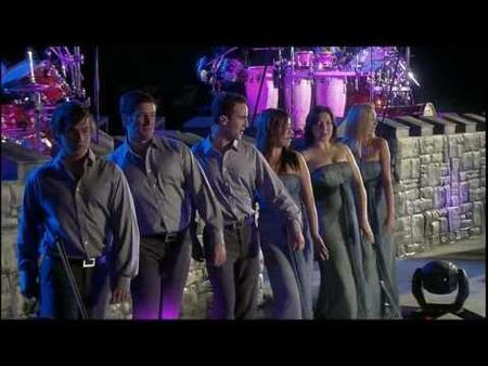 CELTIC WOMEN - Orinocco,  Enya  (Spectacles remarquables)