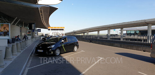 How to book a Private Airport Private Taxi service