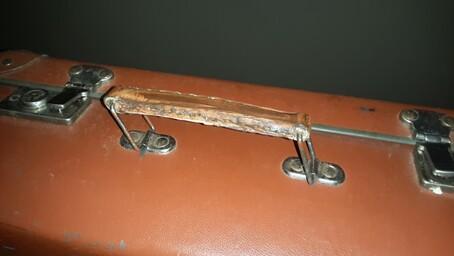 3 Mousquetaires et une valise XXX