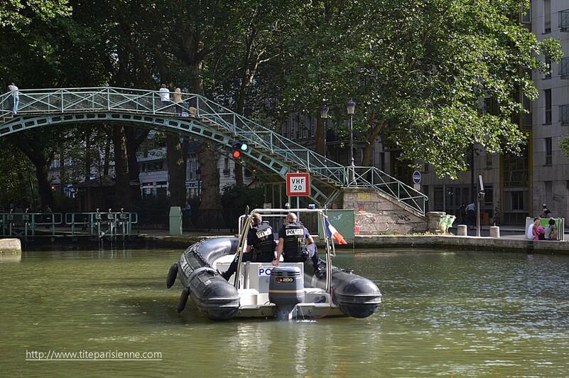 La Police Fluviale sur le Canal Saint-Martin