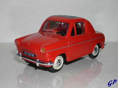 Vespa 400 1957 : Norev
