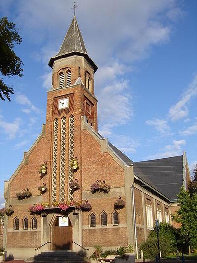 File:Halluin - Eglise Notre-Dame des Fièvres 1.jpg