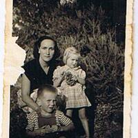 Tata Catherine,Antoine et Nicole